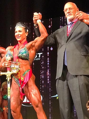 Alina Popa #1 in the World with Jake Wood