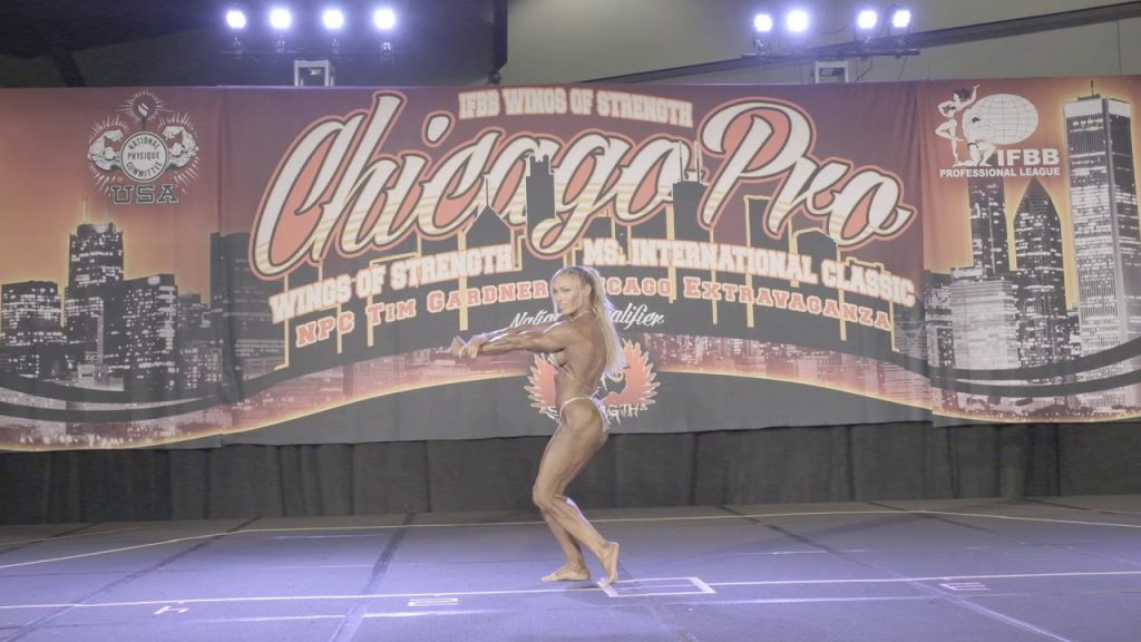 Middleweight Susanna Jacobs Posing Routine